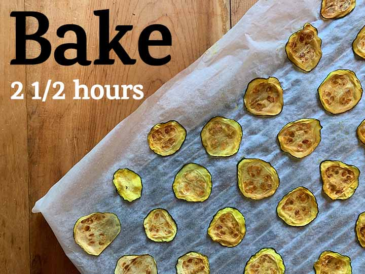 Step 5 Bake the Keto zucchini chips for 2 1/2 hours