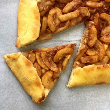 Low Carb Keto Mock Apple and Ginger Galette