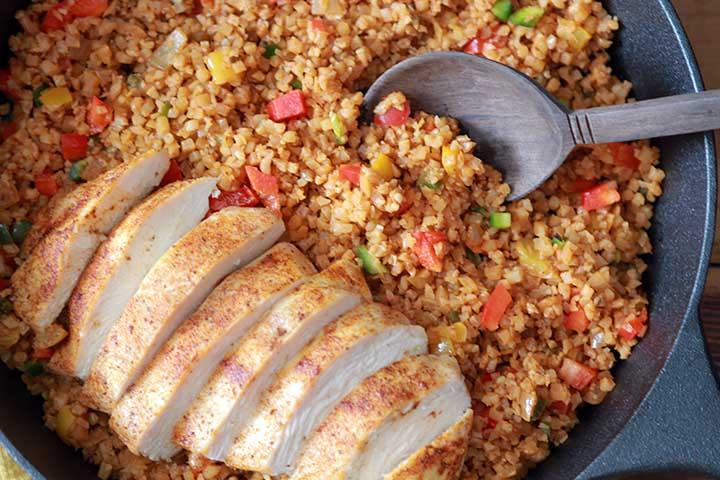 Low Carb Keto Arroz con Pollo (Spanish Rice with Chicken)