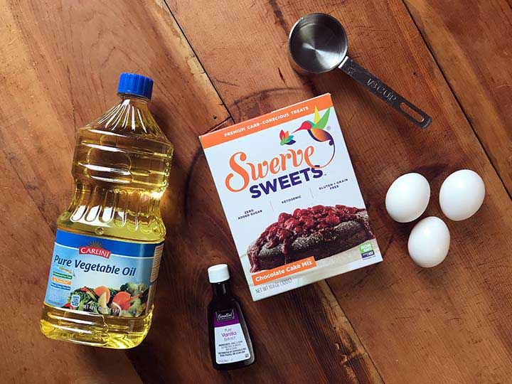 Ingredients of Swerve Sweets Chocolate Box Cake