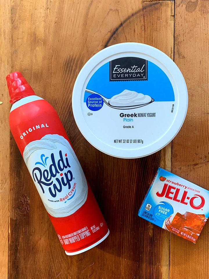Ingredients of Keto Strawberries and Cream Jello Whips