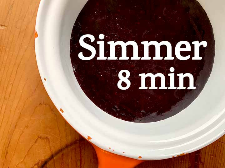 step 5 simmer the blueberry sauce
